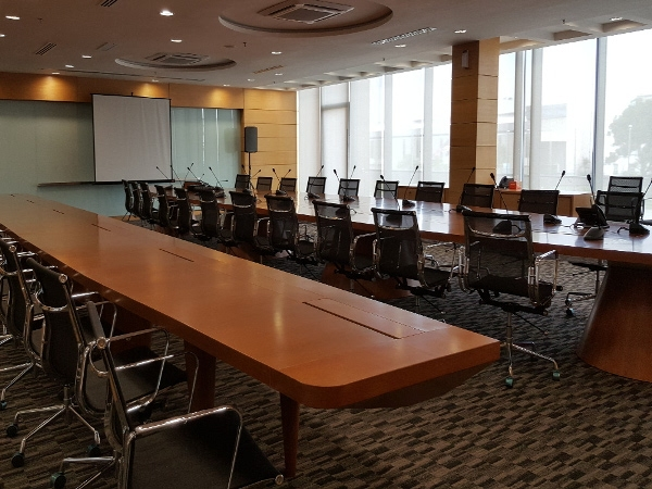 Meeting Room/Conference Room